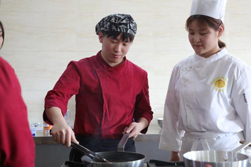 还在问学西餐有前途吗?看看西餐厨师的工资就知道了!